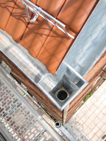 dachrinnen und fallrohre alles aus einer hand dachdecker sikler in stuttgart. Black Bedroom Furniture Sets. Home Design Ideas